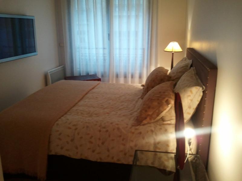 Rental apartment Paris 16ème 1675€ CC - Picture 2