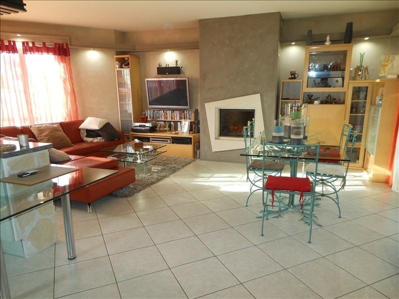 Sale house / villa Brie comte robert 399000€ - Picture 2