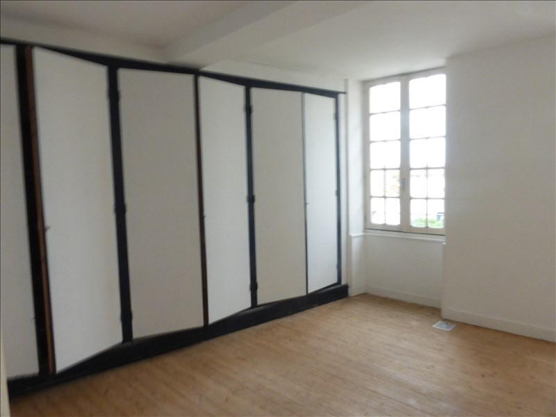 Location maison / villa Tonnay boutonne 490€ CC - Photo 4