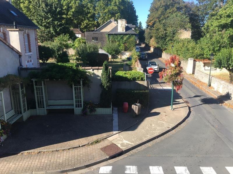 Location maison / villa Liguge 660€ CC - Photo 7