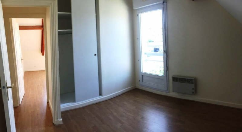 Location appartement Bois d'arcy 984€ CC - Photo 4