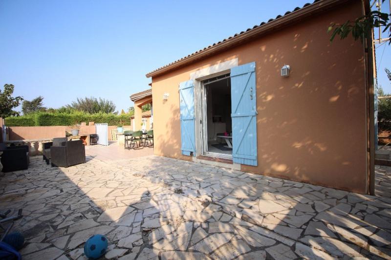 Location maison / villa Bouillargues 1 050€ CC - Photo 10