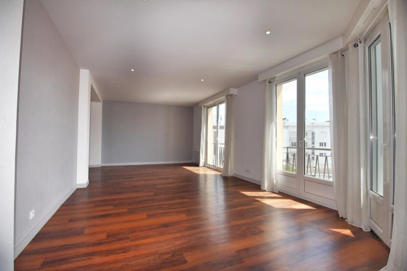 Sale apartment Lorient 435 750€ - Picture 1