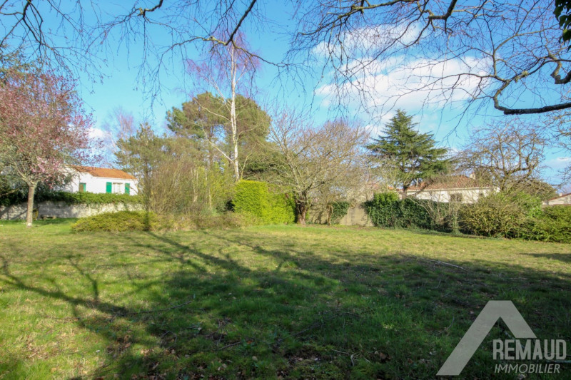 Sale site Aizenay 85940€ - Picture 2