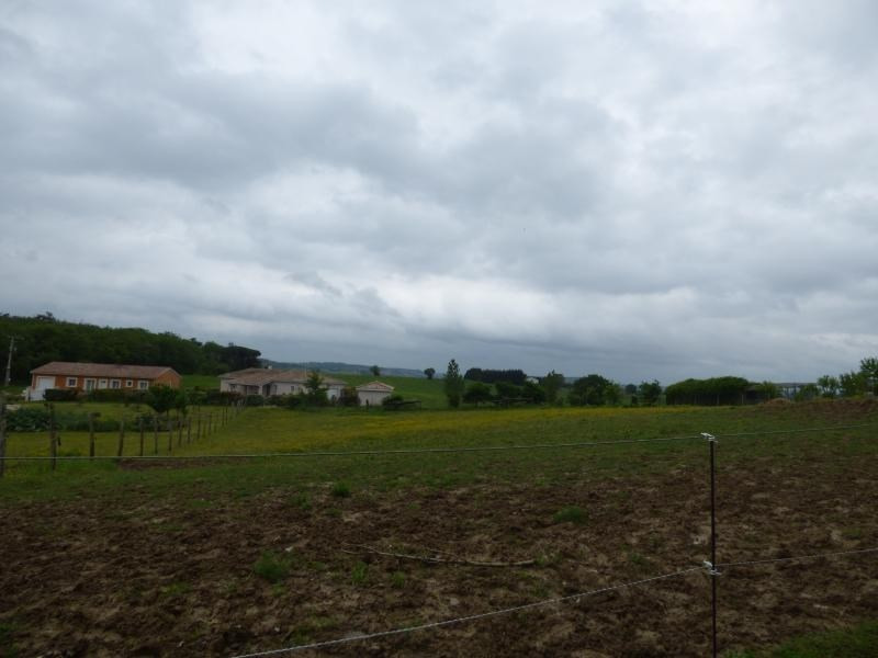 Vente terrain L isle jourdain 106 000€ - Photo 3