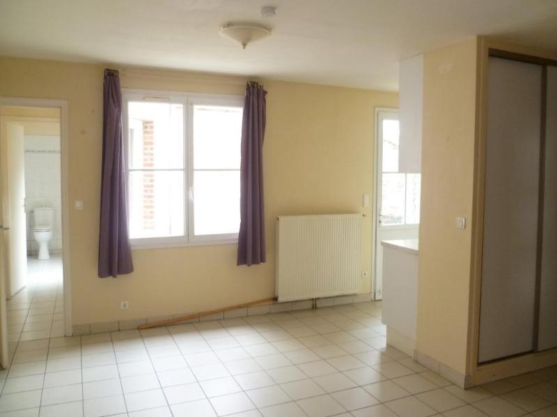 Location appartement Aire sur la lys 365€ CC - Photo 2