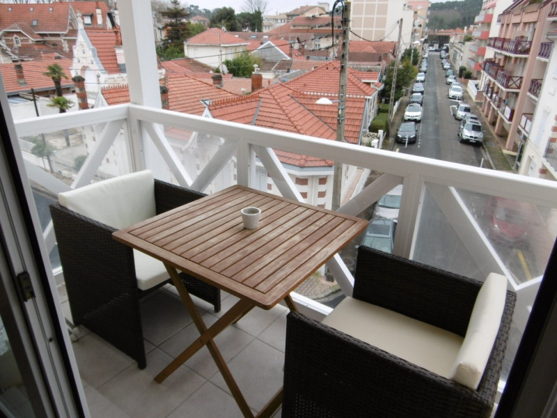 Vacation rental apartment Arcachon 341€ - Picture 1