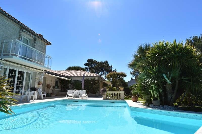 Deluxe sale house / villa Vaux sur mer 832000€ - Picture 2