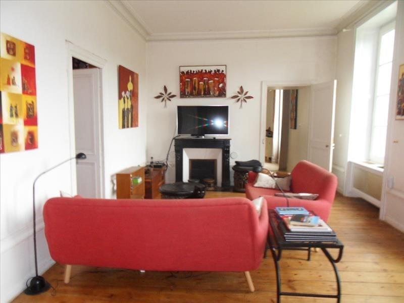 Deluxe sale house / villa Cherves richemont 780000€ - Picture 4