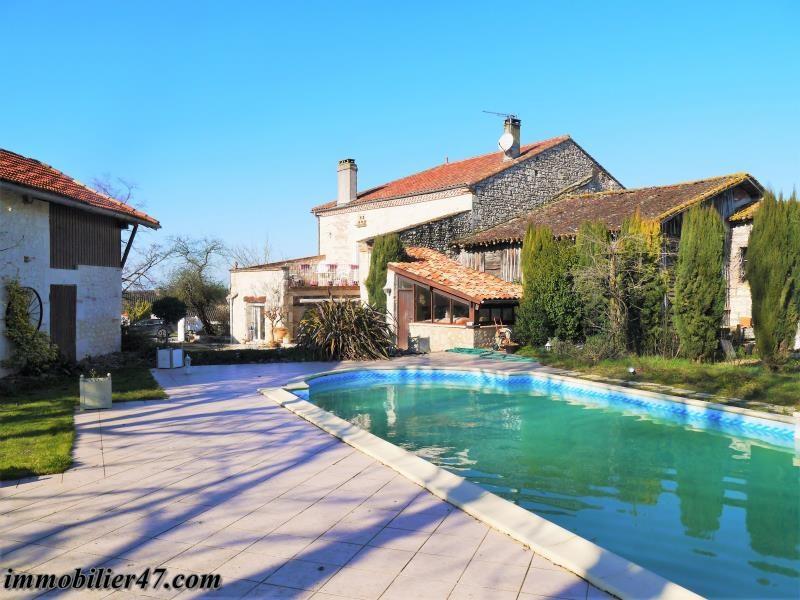 Maison de village lacepede - 7 pièce (s) - 250 m²