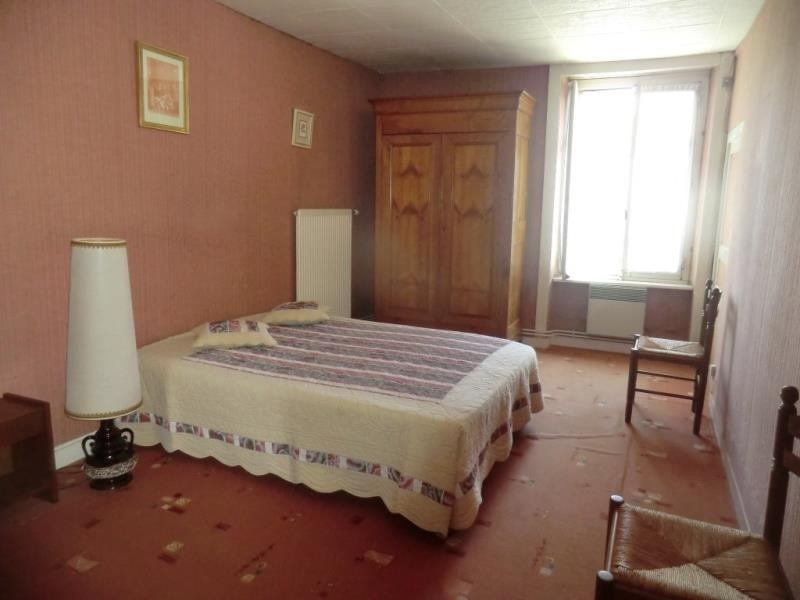 Sale house / villa St germain en cogles 63 400€ - Picture 4