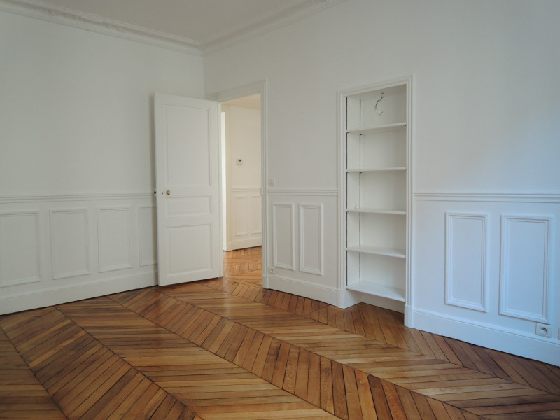 Rental apartment Paris 6ème 3 290€ CC - Picture 6