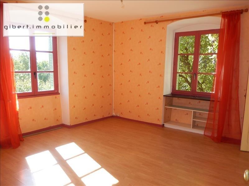 Location appartement Coubon 341,79€ CC - Photo 3