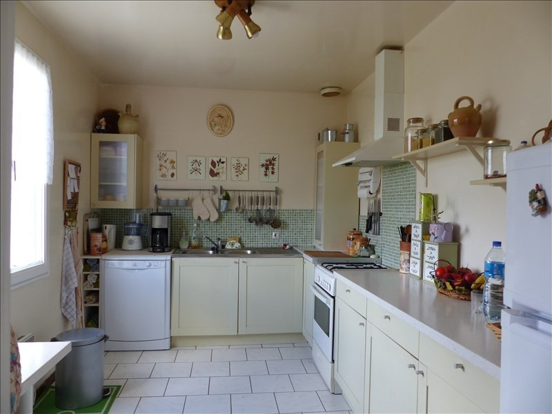 Sale house / villa St florentin 116 000€ - Picture 4
