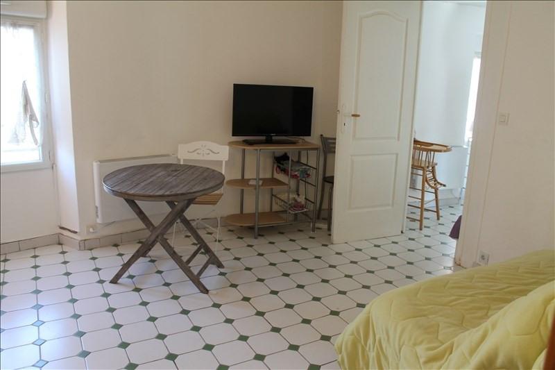 Rental apartment Verrieres le buisson 740€ CC - Picture 2