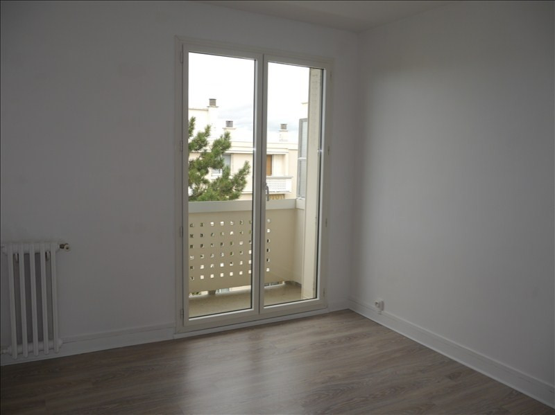 Location appartement Marly le roi 991€ CC - Photo 5