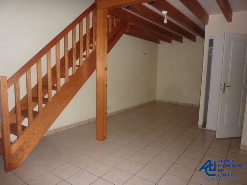 Location appartement Pontivy 366€ CC - Photo 1