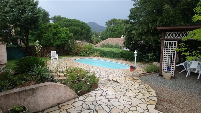 Sale house / villa Roquebrune sur argens 385000€ - Picture 1