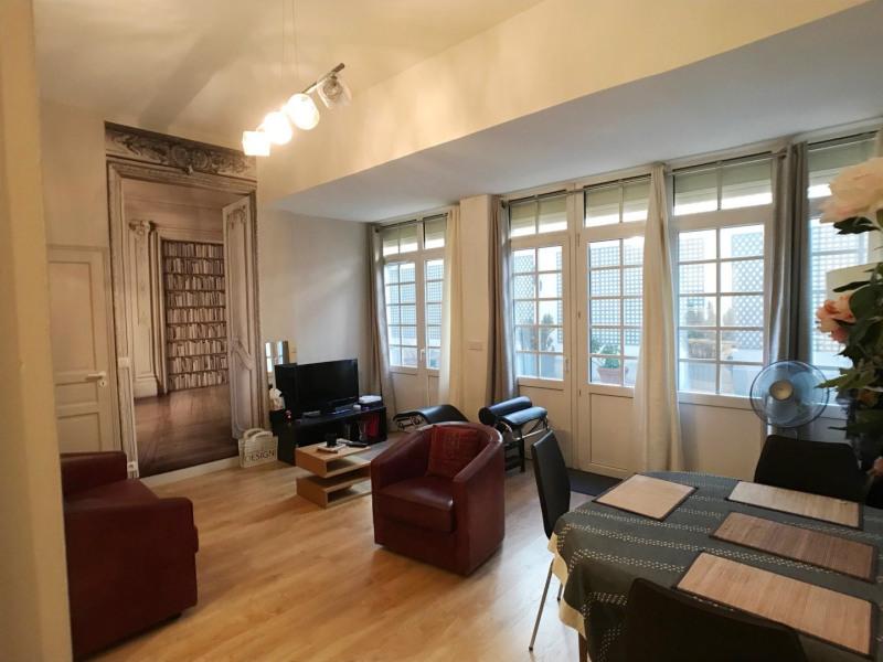 Sale apartment Paris 8ème 625000€ - Picture 2