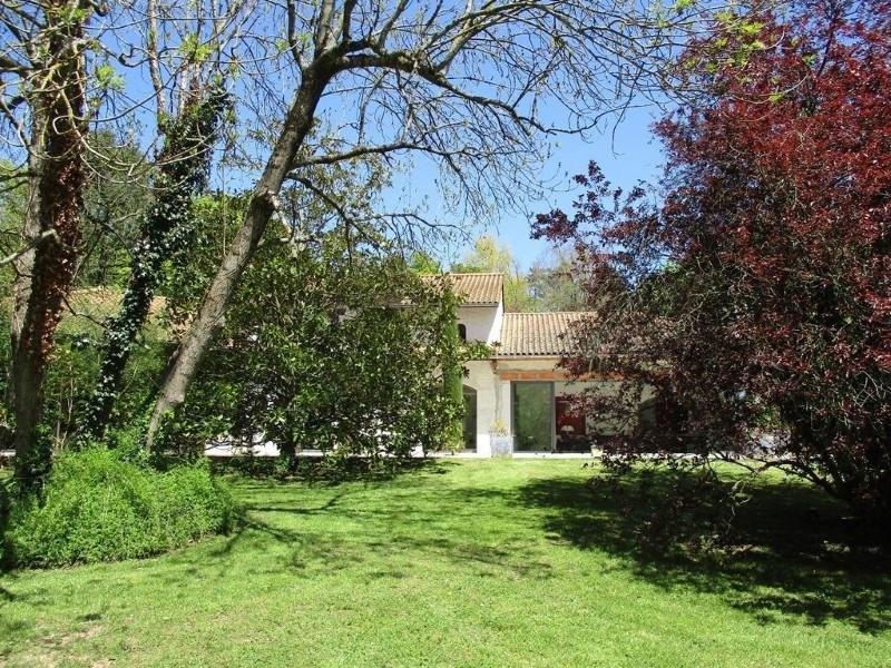 Deluxe sale house / villa Riorges 760000€ - Picture 5