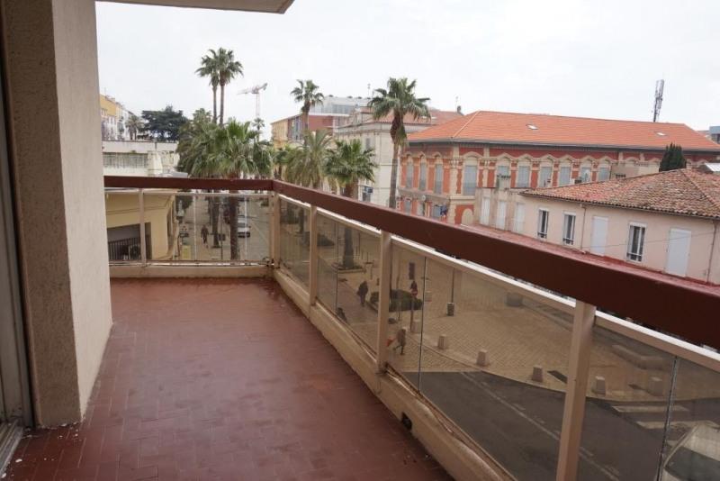 Vendita appartamento Hyeres 259700€ - Fotografia 8