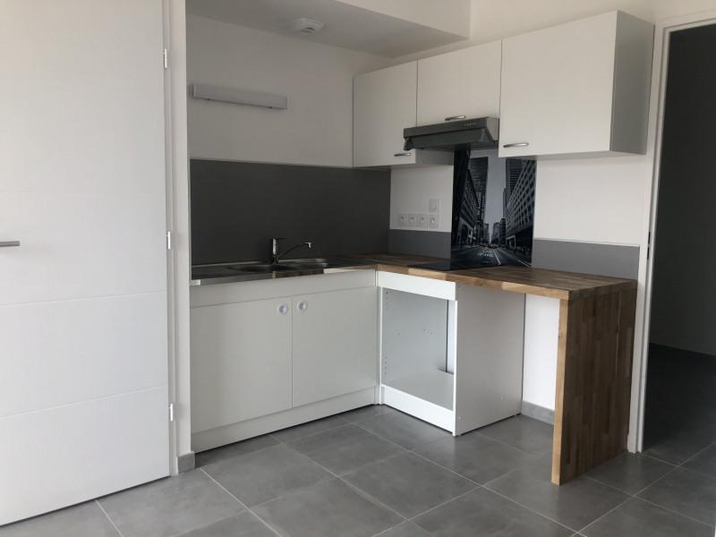 Rental apartment Roquebrune-sur-argens 540€ CC - Picture 5