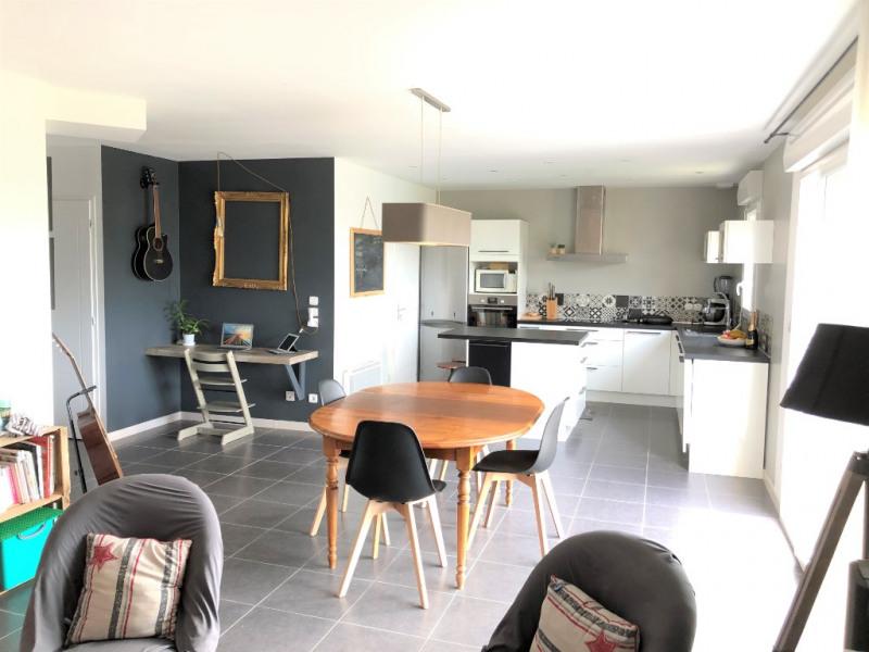 Sale house / villa Saint clement de la place 219000€ - Picture 1