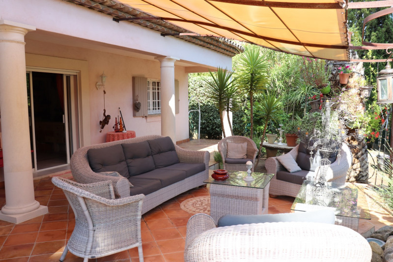 Vacation rental house / villa Grimaud 5 000€ - Picture 3