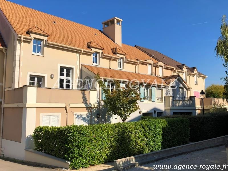 Rental apartment Chambourcy 1780€ CC - Picture 1