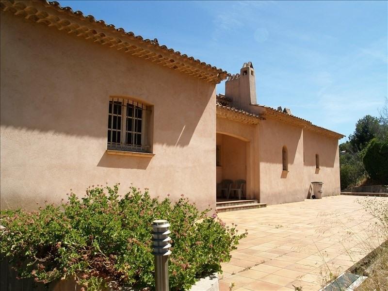 Deluxe sale house / villa Les issambres 961000€ - Picture 3