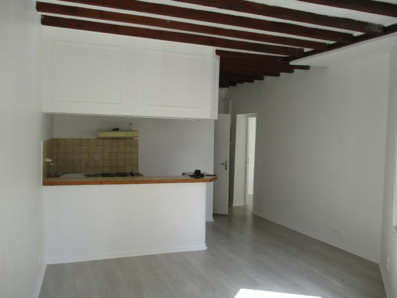 Venta  apartamento Paris 18ème 296800€ - Fotografía 1