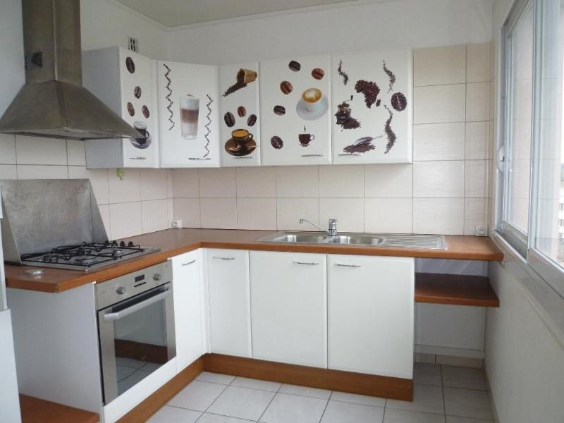 Sale apartment Vichy 73 000€ - Picture 2