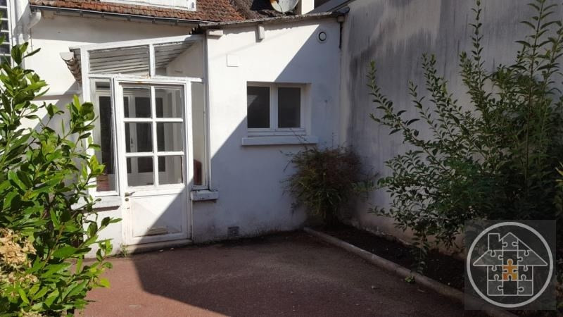 Rental house / villa Compiegne 700€ CC - Picture 1