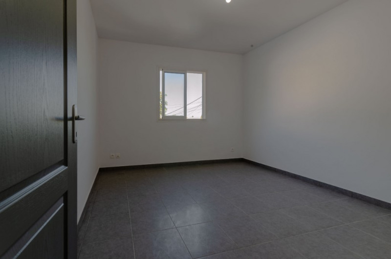 Rental house / villa Le tampon 1 100€ CC - Picture 5