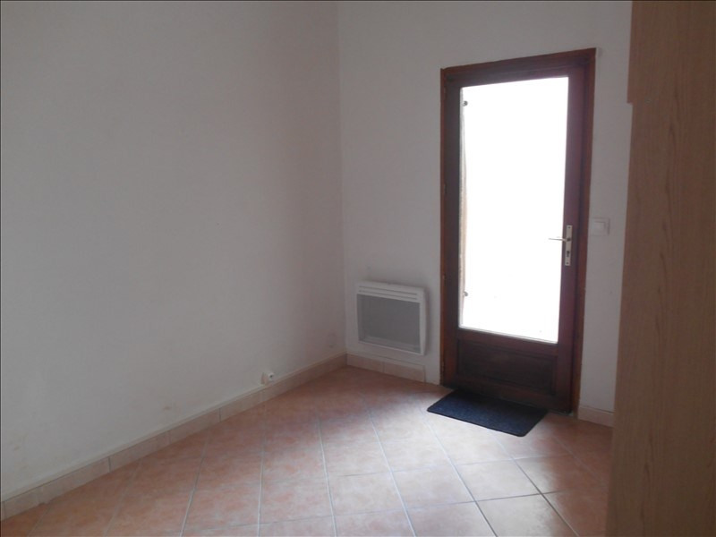 Location appartement Troyes 285€ CC - Photo 4