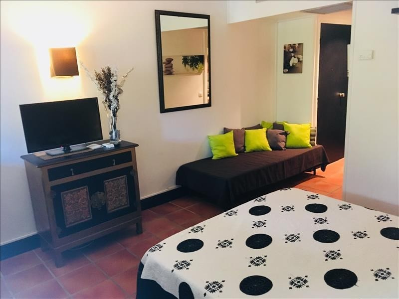 Investment property apartment St francois 122960€ - Picture 1
