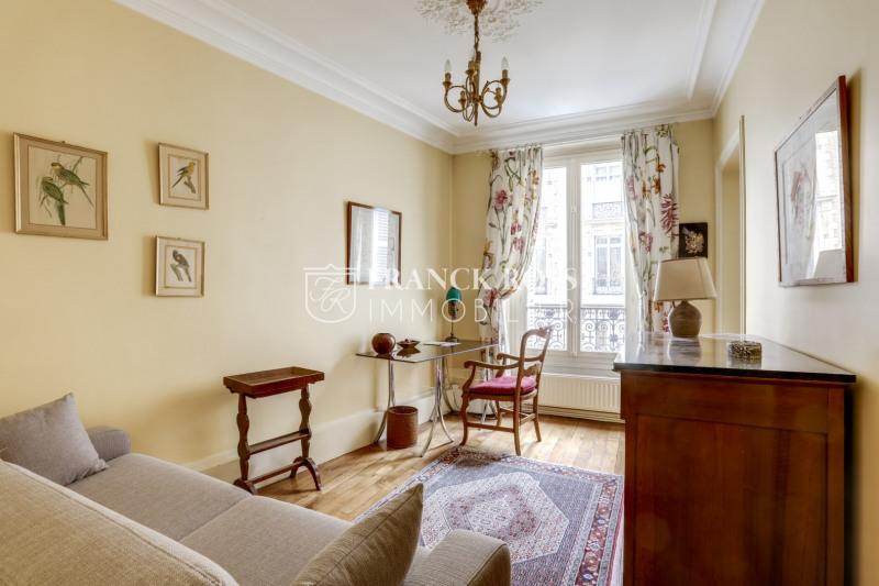 Rental apartment Paris 6ème 3220€ CC - Picture 3