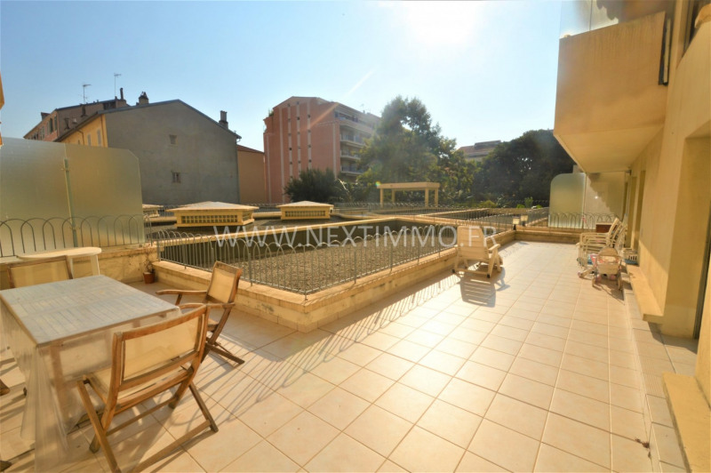 Deluxe sale apartment Menton 570 000€ - Picture 1