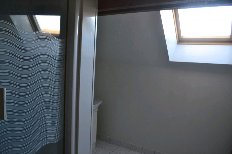 Rental house / villa Chambly 1250€ CC - Picture 5