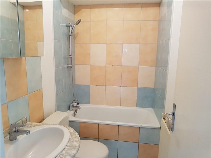 Sale apartment Ste foy les lyon 100000€ - Picture 3