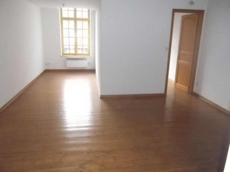 Location appartement Aire sur la lys 360€ CC - Photo 3
