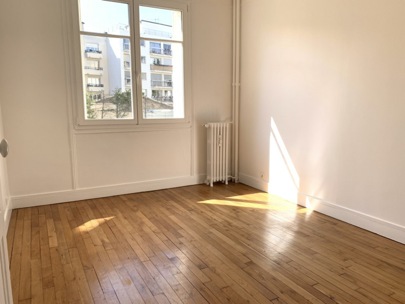 Location appartement Asnières-sur-seine 1347€ CC - Photo 2