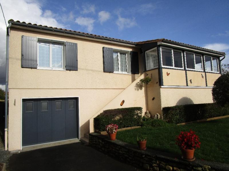 Sale house / villa Chauray 167900€ - Picture 1