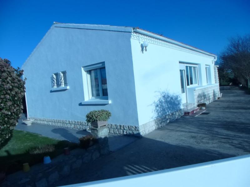Maison Saint Romain De Benet 4 pièce (s) 133 m²