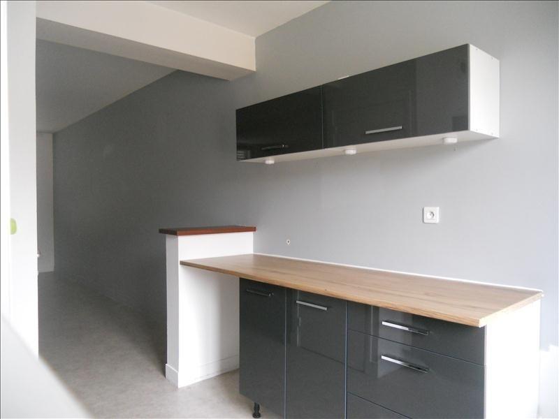 Rental apartment La ferte milon 640€ CC - Picture 3