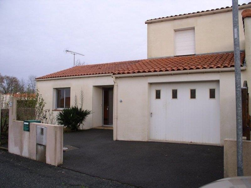 Rental house / villa Les lucs sur boulogne 540€ CC - Picture 1