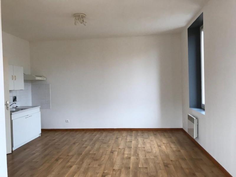 Rental apartment Siorac-en-perigord 425€ CC - Picture 4