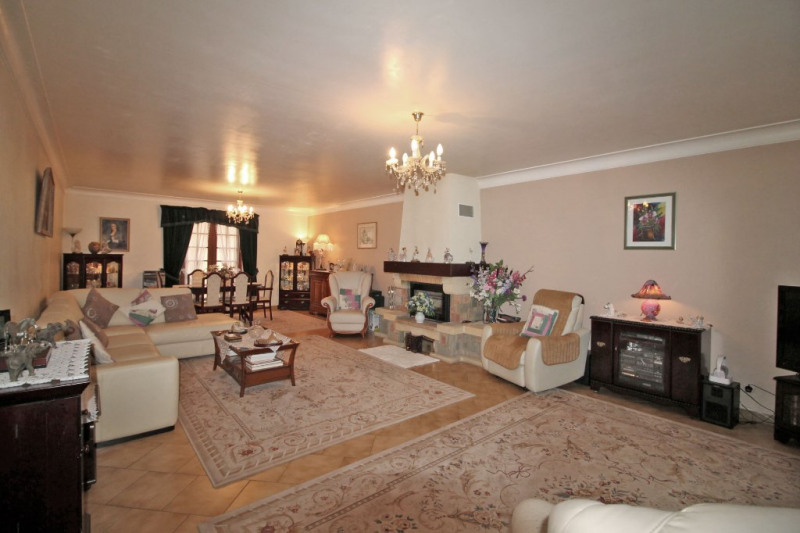Vente maison / villa La chartre sur le loir 182750€ - Photo 2