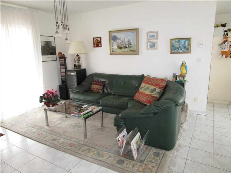 Sale house / villa St seurin sur l isle 152000€ - Picture 1