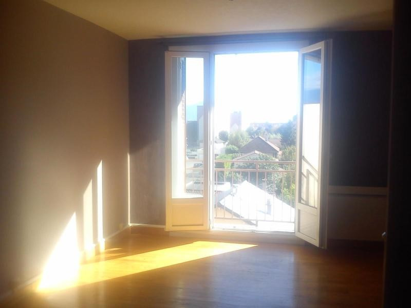 Location appartement Fontaine 530€ CC - Photo 3
